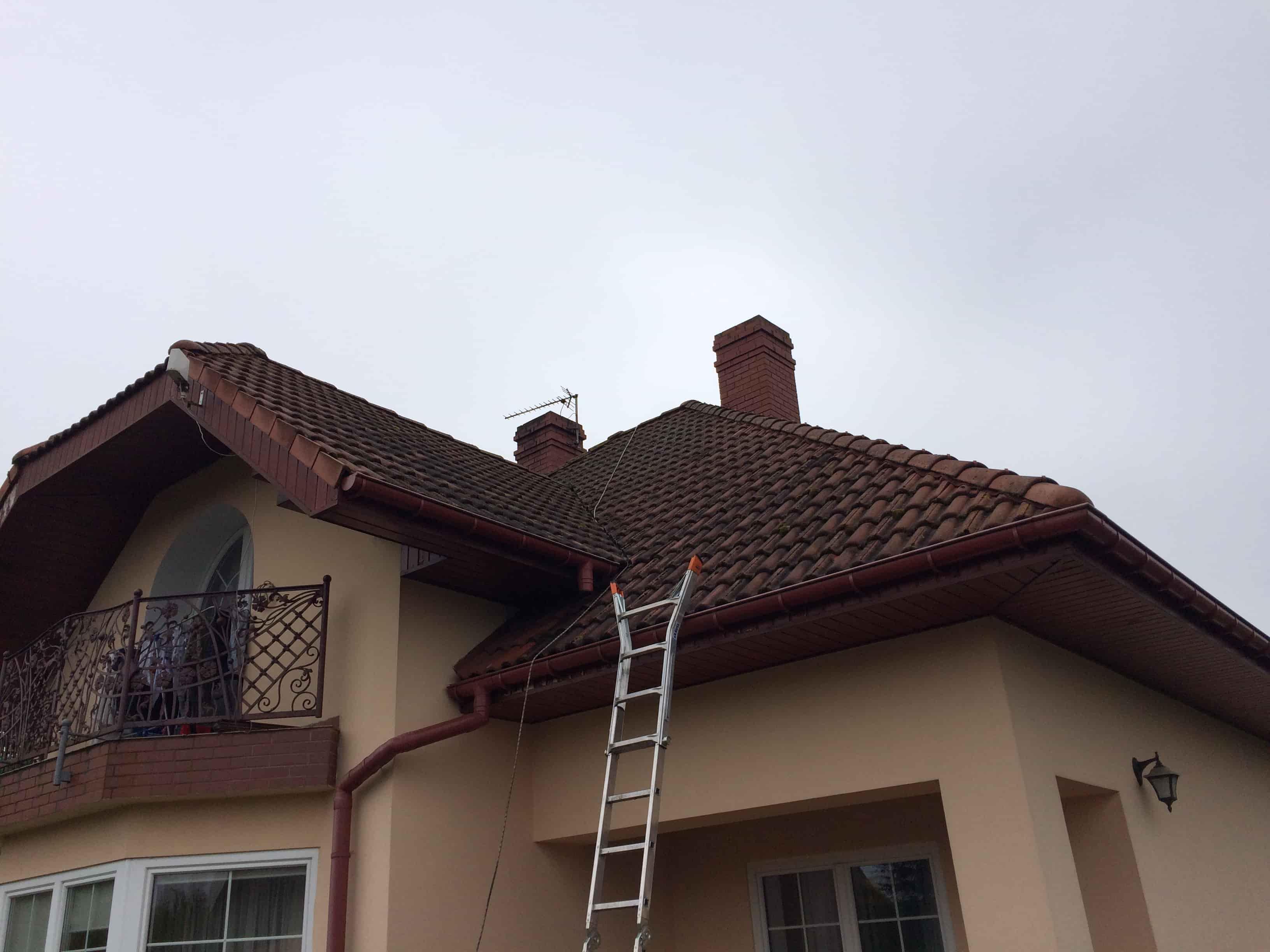 czyszczenie-dachu-przed